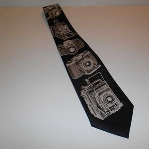 Designs by A. Rogers Novelty Cameras Neck Tie Vtg